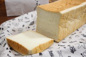 """""""日本の美味しい食パン10本""""に選ばれた、高級生食パン「乃が美はなれ 尼崎市役所前店」へ行って来ました。"""