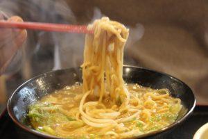 超濃厚とんこつスープ!子連れで「らーめん与七(堅田本店)」へ行って来ました。滋賀県