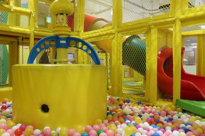 時間無制限520円の室内遊び場、「キッズパラダイス」アルプラザ茨木