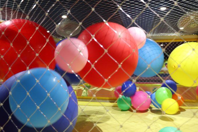 子どもと「ラウンドワンスタジアム 高槻店(スポッチャ)」の3時間パックで遊んで来ました。